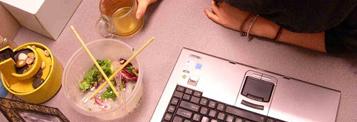 Comment manger équilibré au bureau